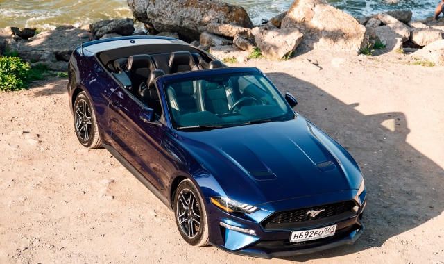 Аренда Ford Mustang Кабриолет в Крыму