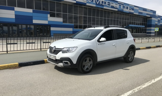 Аренда Renault Sandero Stepway 2021 (new) в Крыму